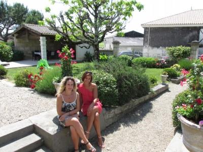 gérantes gîtes et chambres d'hôtes La Bertonnière Charente-Martime Tourisme Royan Bordeaux Dune du Pilat Mirambeau
